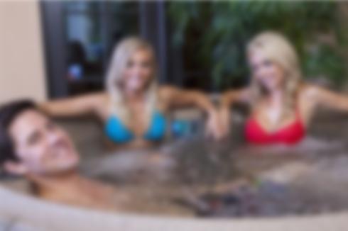 Hot tub blur